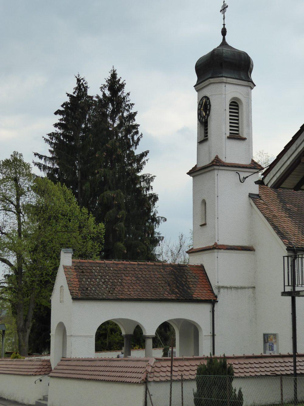 Sankt Antonius Ferthofen von außen